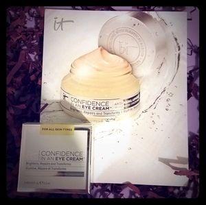 🎀 5/$20 NWT IT Cosmetics Confidence eye cream